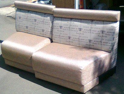 Перетяжка мягкой мебели в Киеве