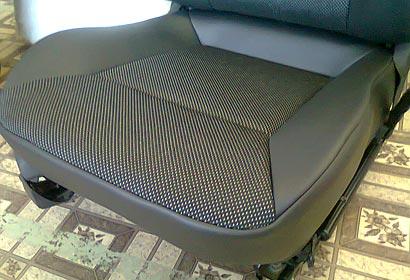 перетяжка автомобильных сидушек
