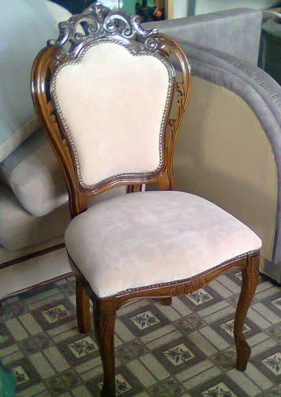 Перетяжка сидения стула